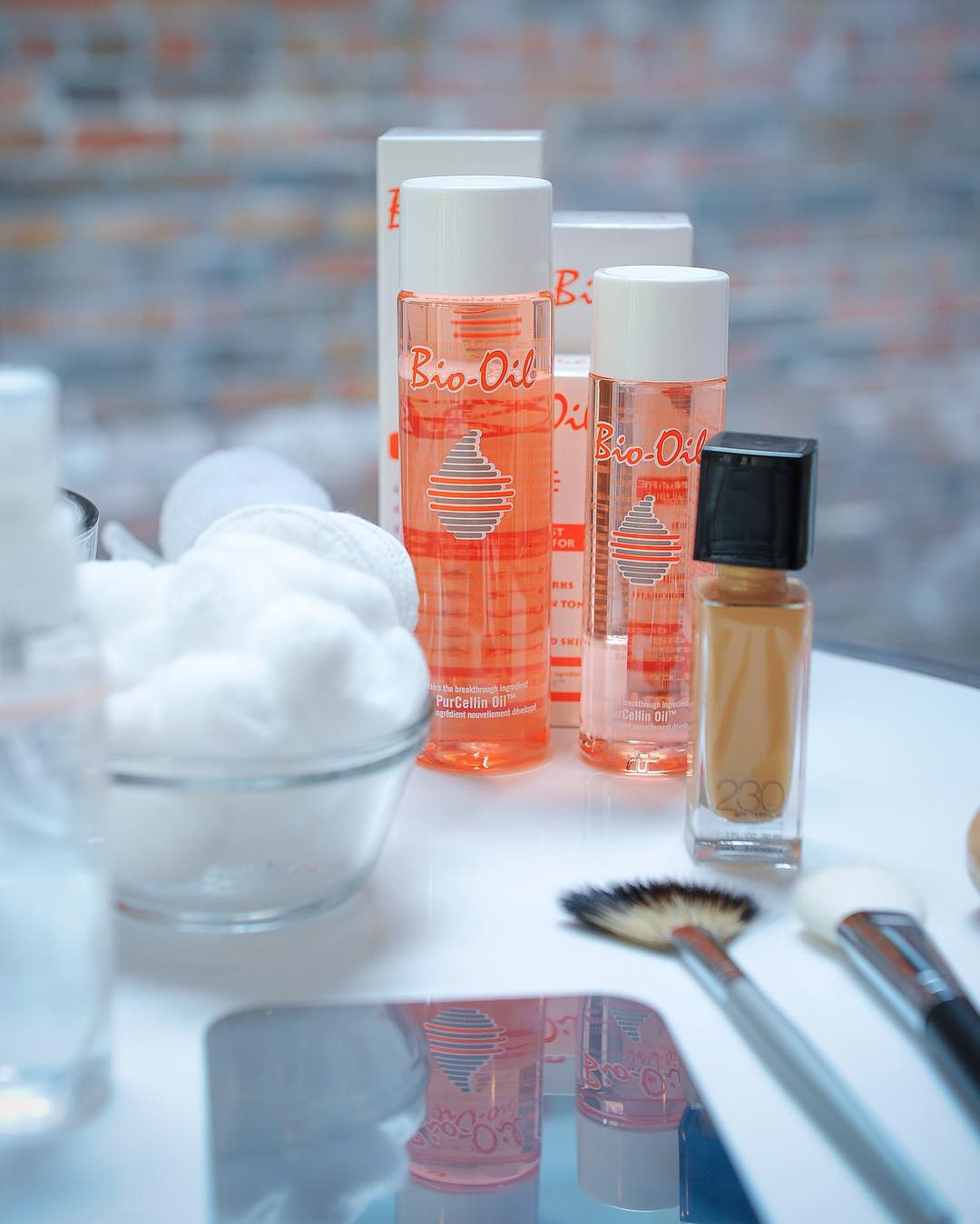 Bio-oil as makeup primer