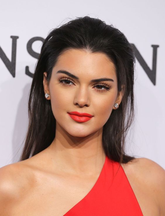 Kendall Jenner - Red Lip