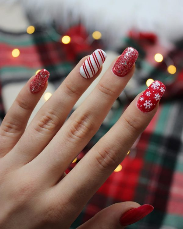 6 - Christmas Nail Art Ideas