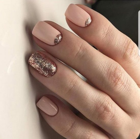 d2Nude Nails With Bling and Glitter